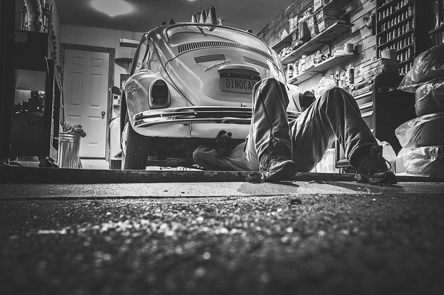mechanik pod autem