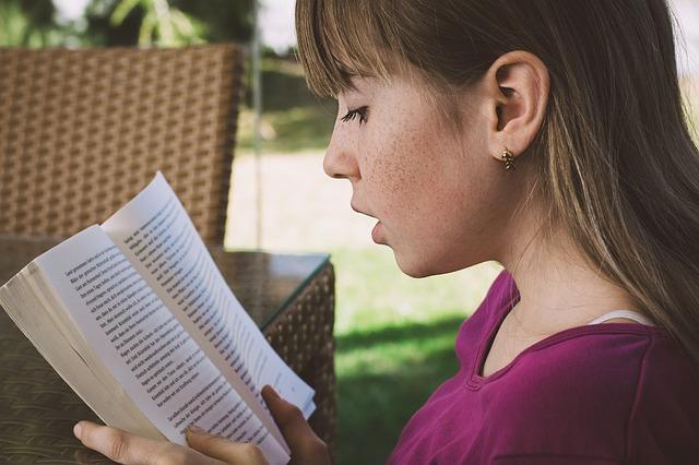 čtení slečny